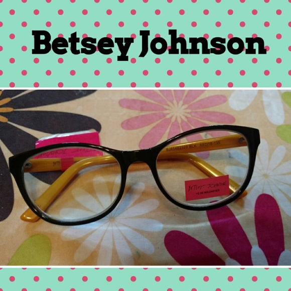 36563265219c Betsey Johnson Accessories - Nwt betsey johnson 2.00 reading glasses